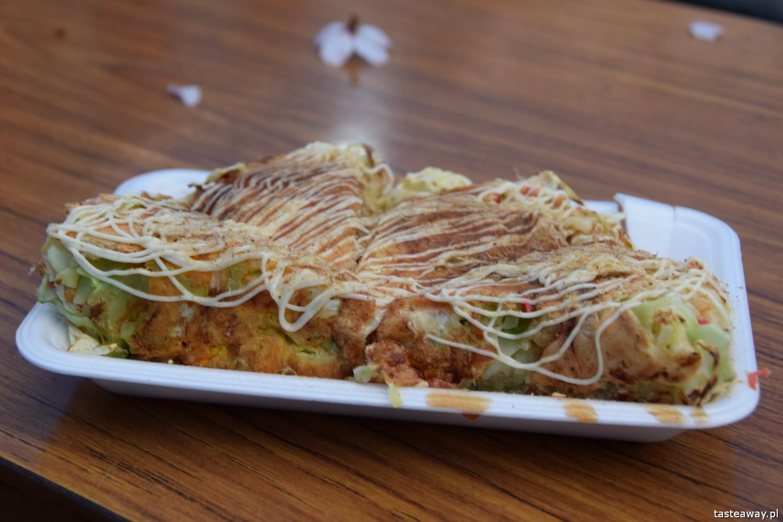 co jeść w Japonii, czego spróbować w Japonii, kuchnia japońska, okonomijayki, japoński streetfood, japoński omlet
