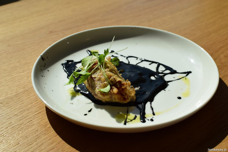 Euskadi - kuchnia baskijska, tapas, pintxos, Kraków, gdzie jeść w Krakowie, kuchnia baskijska, brandada con sepia, papryczka piquillo