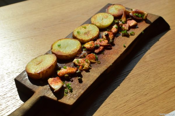 Euskadi - kuchnia baskijska, tapas, pintxos, Kraków, gdzie jeść w Krakowie, kuchnia baskijska, ośmiornica, pulpo