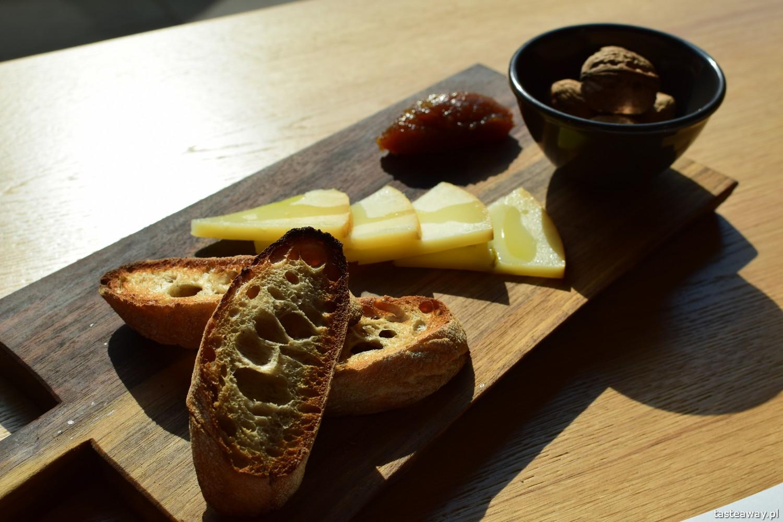 Euskadi - kuchnia baskijska, tapas, pintxos, Kraków, gdzie jeść w Krakowie, kuchnia baskijska, idiazabal