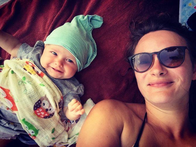 podróżowanie z dzieckiem, matka z dzieckiem, jak ułatwić życie matce