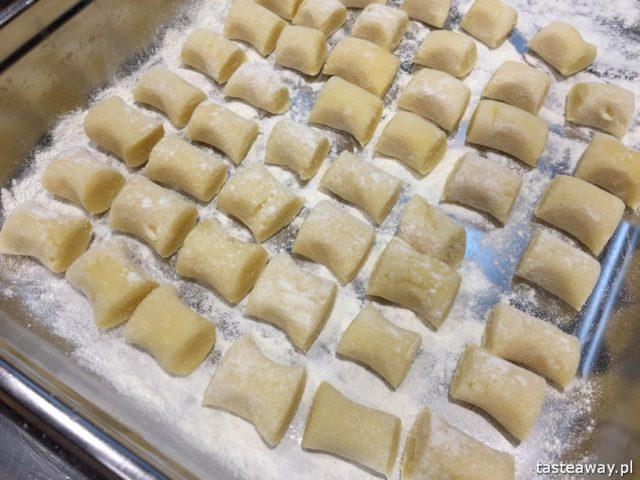 """warsztaty kulinarne,  """"Z miłości do smaku"""" książka Carrefour, David Gaboriaud, kuchnia francuska, gotować po francusku, książka z francuskimi przepisami, gnocchi z serem Comte"""
