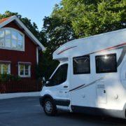 kamper, podróż kamperem, kamperem z dziećmi, podróżowanie z dziećmi, niemowlę w kamperze, Szwecja, Sigtuna