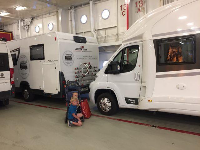 kamper, podróż kamperem, kamperem z dziećmi, podróżowanie z dziećmi, niemowlę w kamperze, Szwecja, prom, Stena Line, Gdynia - Karlskrona