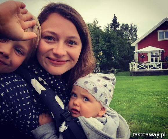 amper z dziećmi, niemowlak w kamperze, kamperem z niemowlakiem, podróże z dziećmi