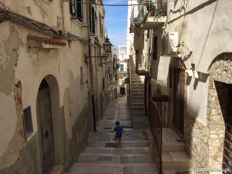 Włochy, co zobaczyć we Włoszech, najpiękniejsze miasteczka we Włoszech, Vieste