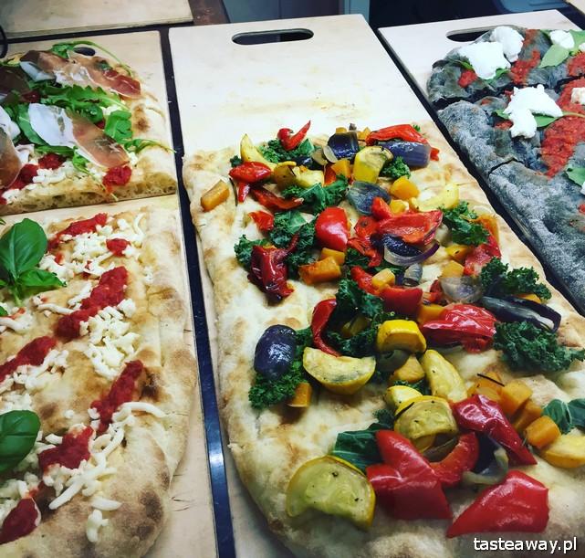 Hala Gwardii, co zjeść w Hali Gwardii, dlaczego warto do Halii Gwardii, targ, gdzie na targ, targ w Hali Gwardii, pizza na kawałki, Pizza Lunga