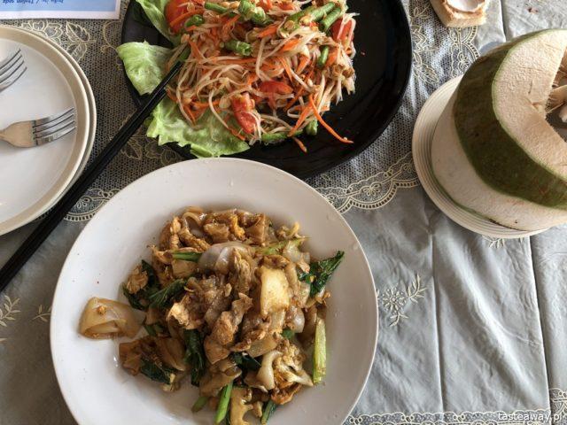 Koh Chang, wyspy w Tajlandii, jaką wyspę wybrać, co robić na Koh Chang, KUCHNIA TAJSKA, pad see ew, som tam, sałatka z papai