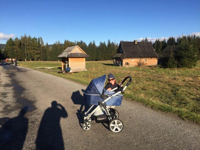 podróże z dzieckiem, podróże z niemowlakiem, pierwsza podróż, gdzie w pierwszą podróż