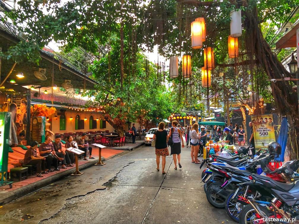 Bangkok, pad thai, gdzie na pad thaia w Bangkoku, co zjeść w Bangkoku, co zrobić w Bangkoku, pad thai za 5 zł, street food, Khao San Road, Rambuttri Soi