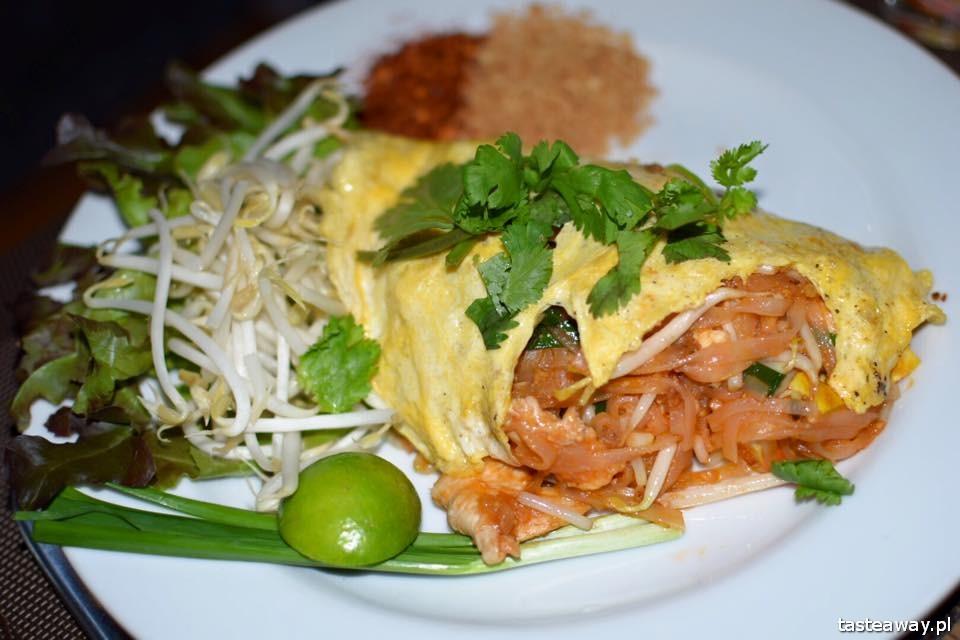 Bangkok, gdzie się zatrzymać w Bangkoku, hotele Bangkok, nocleg w Bangkoku, Adelphi Suites, Monsonn pad thai