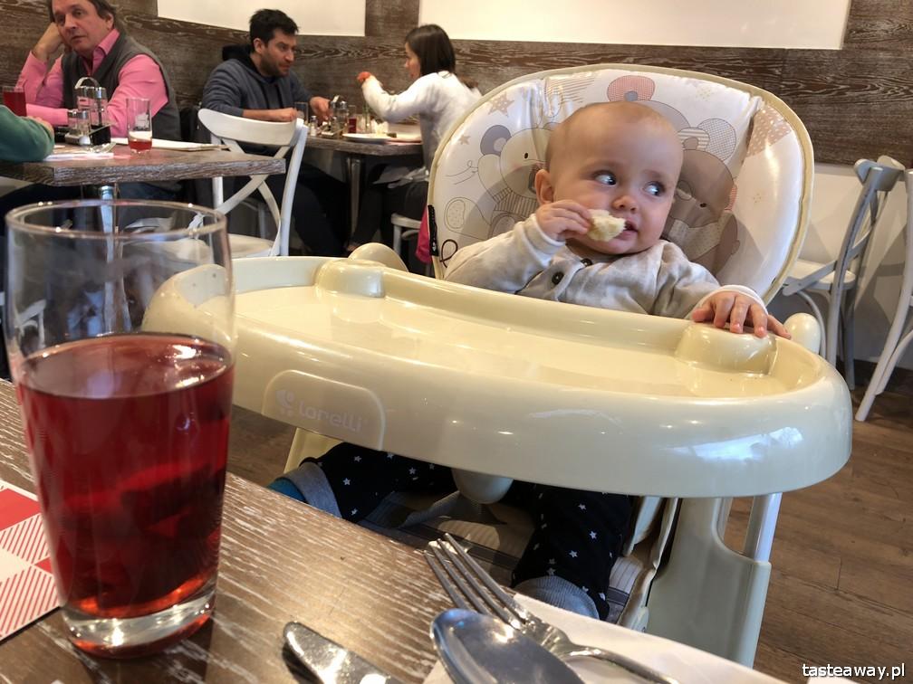 Schabowy, kuchnia polska, polskie wędliny, gdzie na schabowego, pierogi, Warszawa, babka ziemniaczana, kiełbasa, z dzieckiem w restauracji, niemowlę w restauracji