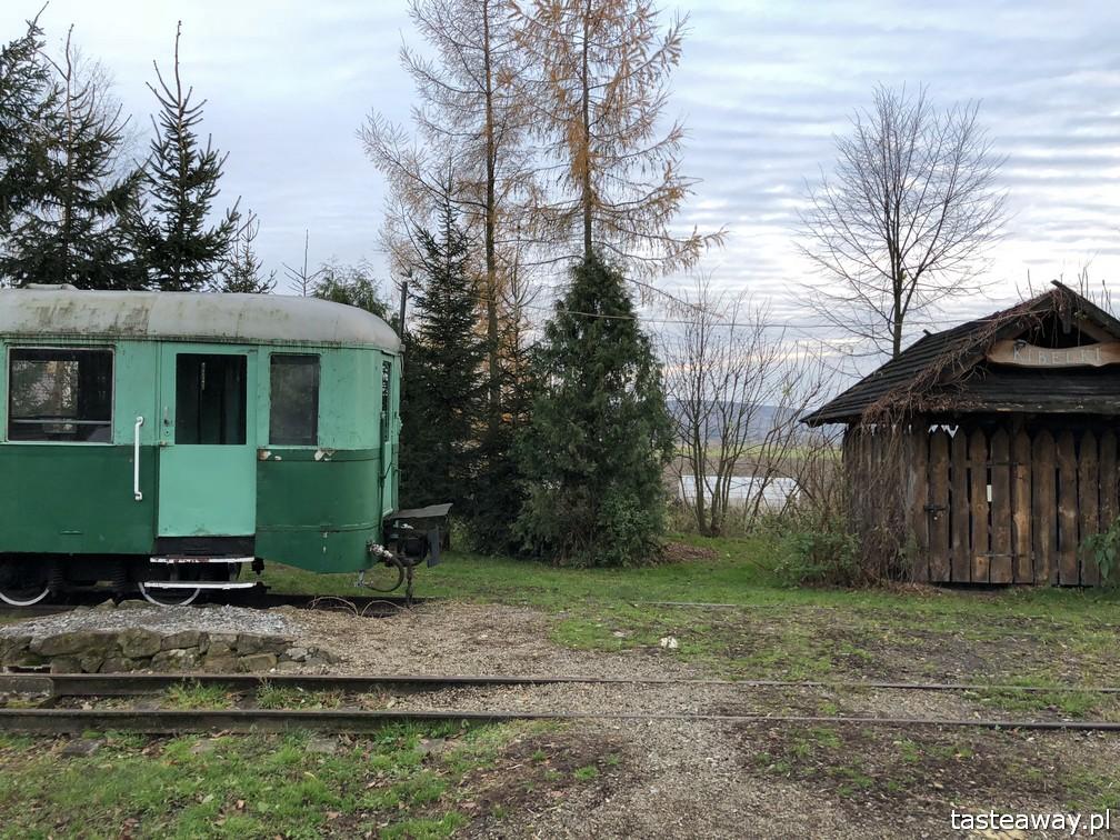 Podkarpackie, co zobaczyć w Podkarpackim, co zobaczyć w okolicach Rzeszowa, Karczma pod Semaforem, Bachórz,