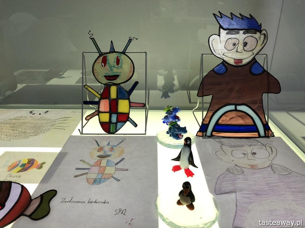 Podkarpackie, Krosno, Centrum Dziedzictwa Szkła, atrakcje, polskie produkty, szklane rzeźby, Huta Szkla w Krośnie