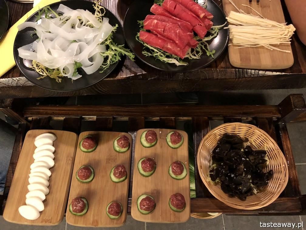 Tang Hotpot, kuchnia chińska, kuchnia chińska w Warszawie, kociołki, hotpot, chińskie kociołki