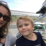 podróże na własną rękę, jak podróżować samodzielnie, samodzielne podróże, jak samemu zorganizować podróż, lotnisko, podróże z dziećmi