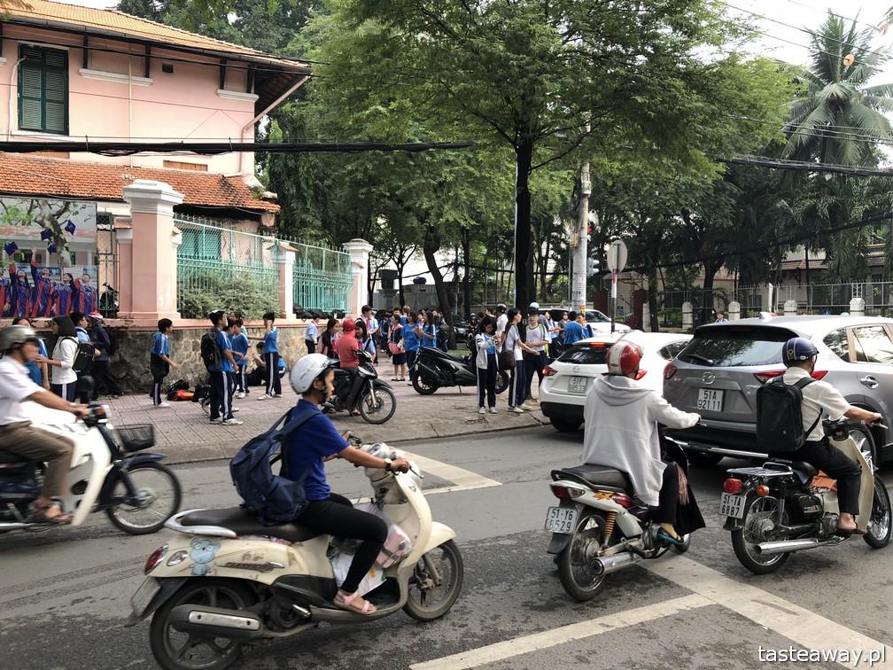 Wietnam, Ho Chi Minh, Ho Chi Minh co zobaczyć, atrakcje Ho Chi Minh, Ho Chi Minh w 2 dni, Sajgon, co zobaczyć w Sajgonie, podróże z dzieckiem, Bin Thanh