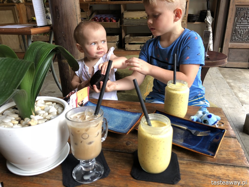 Wietnam, co zobaczyć w Wietnamie, Hoi An, atrakcje Wietnamu, co zobaczyć w Hoi An, podróże z dziećmi, COCOBOX