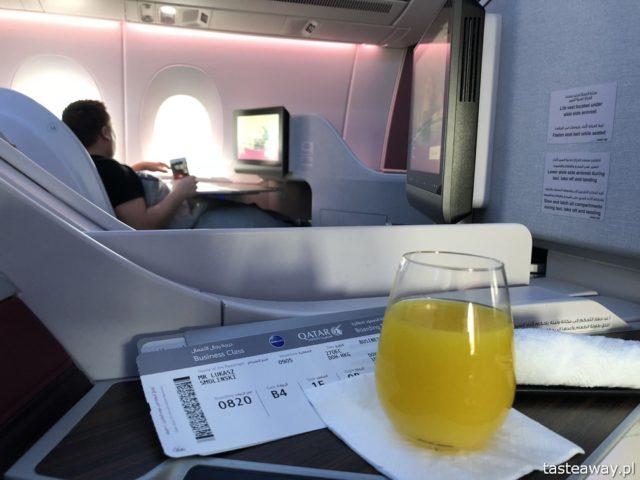 Business Class, latać Business Clasą, czy warto latać Business Class, podróże samolotem