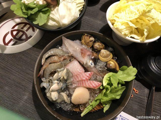 Tajwan, co zobaczyć na Tajwanie, Keelung, street food, nocny targ, Miaokou Night Market, hot pot