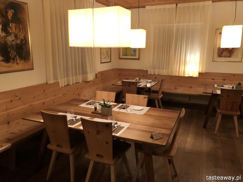 Binderstube, najlepsze restauracje Południowego Tyrolu, gdzie jeść w Południowym Tyrolu, makaron, puttanesca, Fie Allo Sciliar