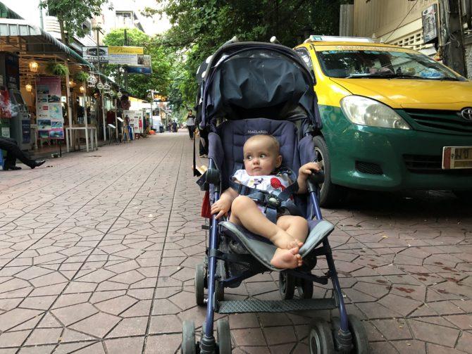 wózek, jakie wózek na podróż, wózek parasolka, McLaren Techno XT, podróżowanie z dzieckiem