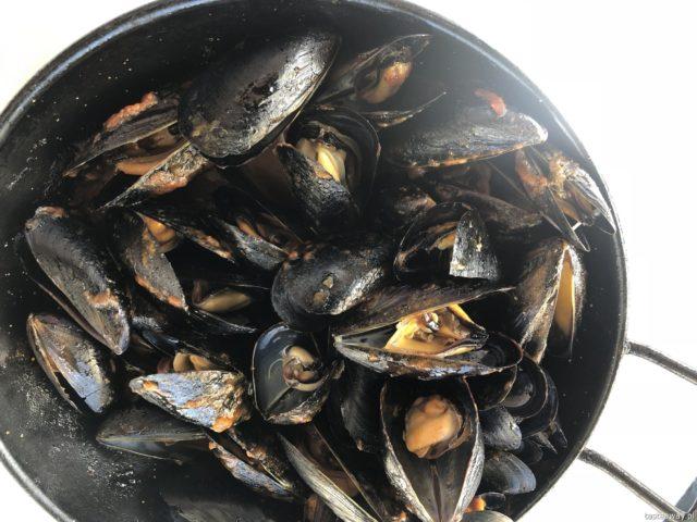 Hiszpania, Andaluzja, co jeść w Hiszpanii, co jeść w Andaluzji, hiszpańśkie tapas, owoce morza, małże, mejillones