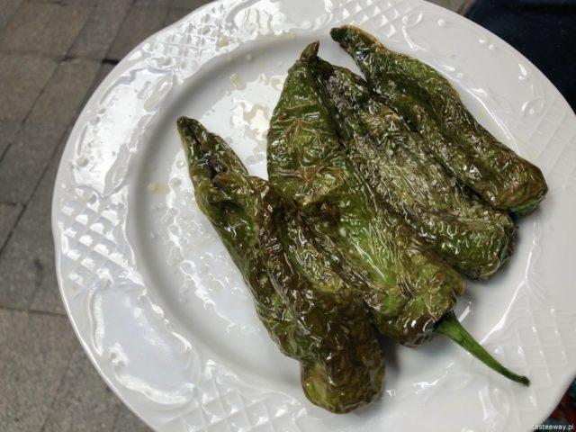 Hiszpania, Andaluzja, co jeść w Hiszpanii, co jeść w Andaluzji, hiszpańśkie tapas, pimientos de padron
