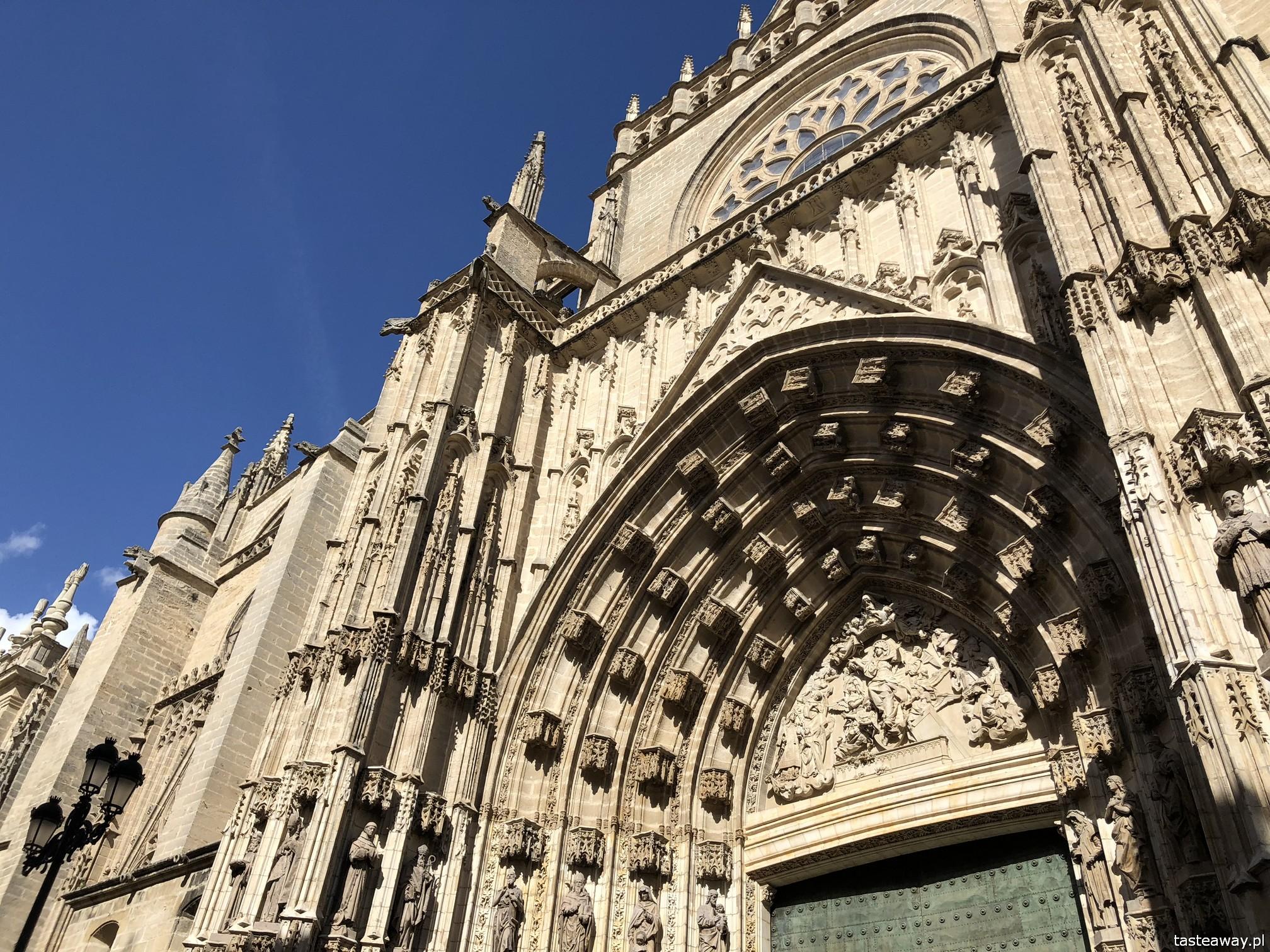 Sewilla, Sevilla, co zobaczyć w Sewilli, Sevilla w jeden dzień, Andaluzja, miasta Hiszpanii, spacer po Sevilli, Katedra Najświętszej Marii Panny w Sewill