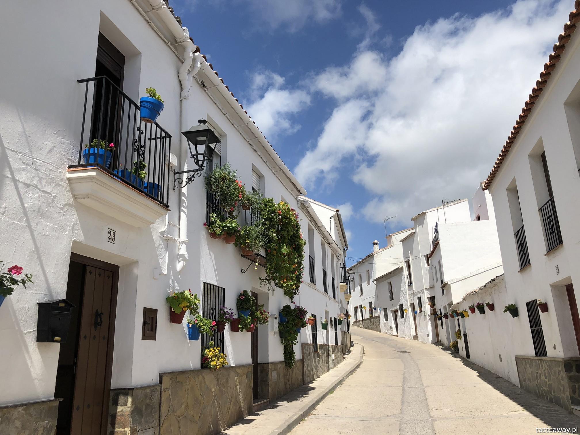 Andaluzja, najpiękniejsze miasteczka Andaluzji, pueblos blancos, co zobaczyć w Andaluzji, ruta de los pueblos blancos,  El Gastor