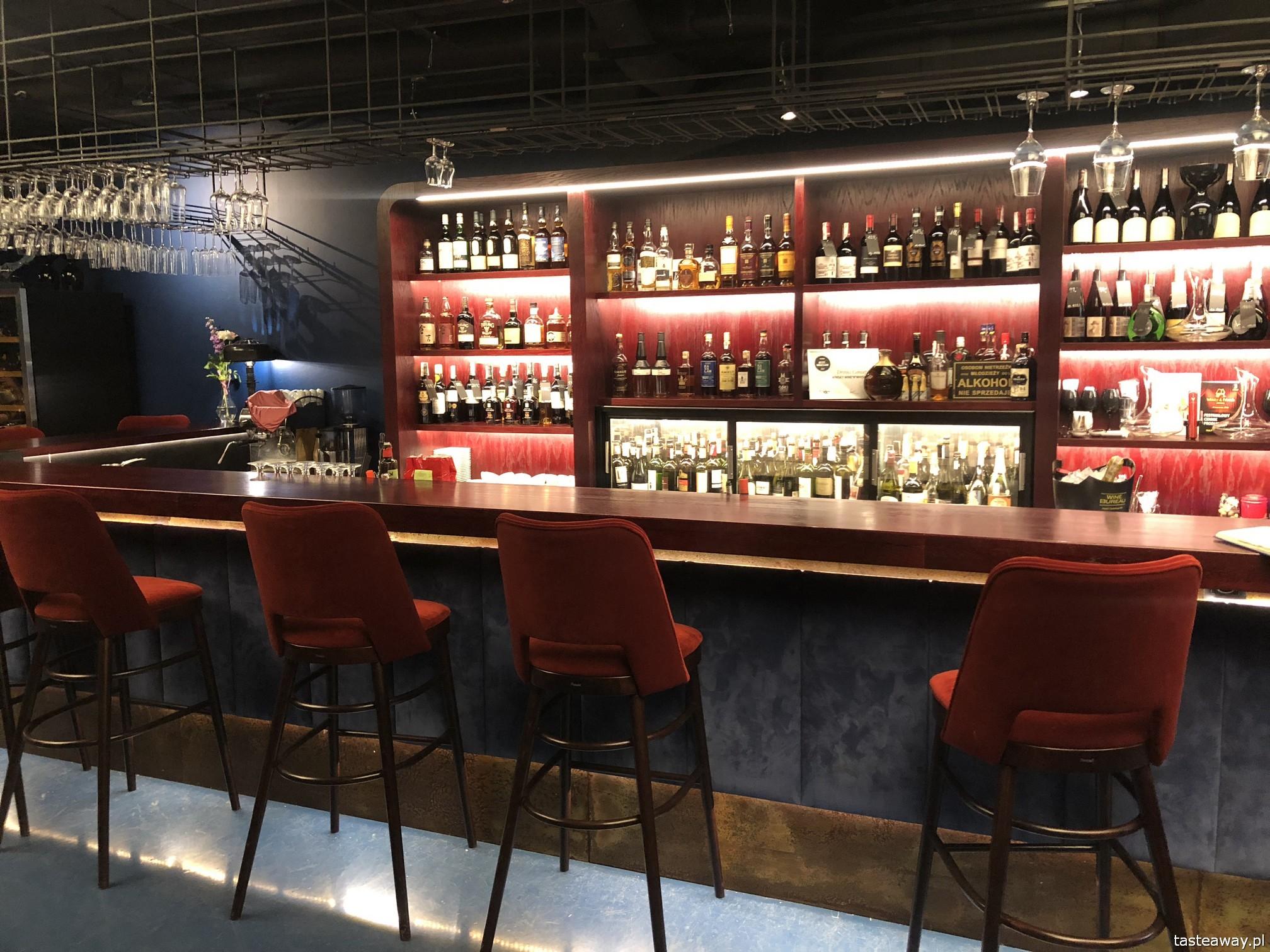 Winsky, Winsky Wine'n'Whisky Bar, nad wisłą, gdzie jeść nad Wisłą, tapas, małe formy, talerzyki, WINSKY