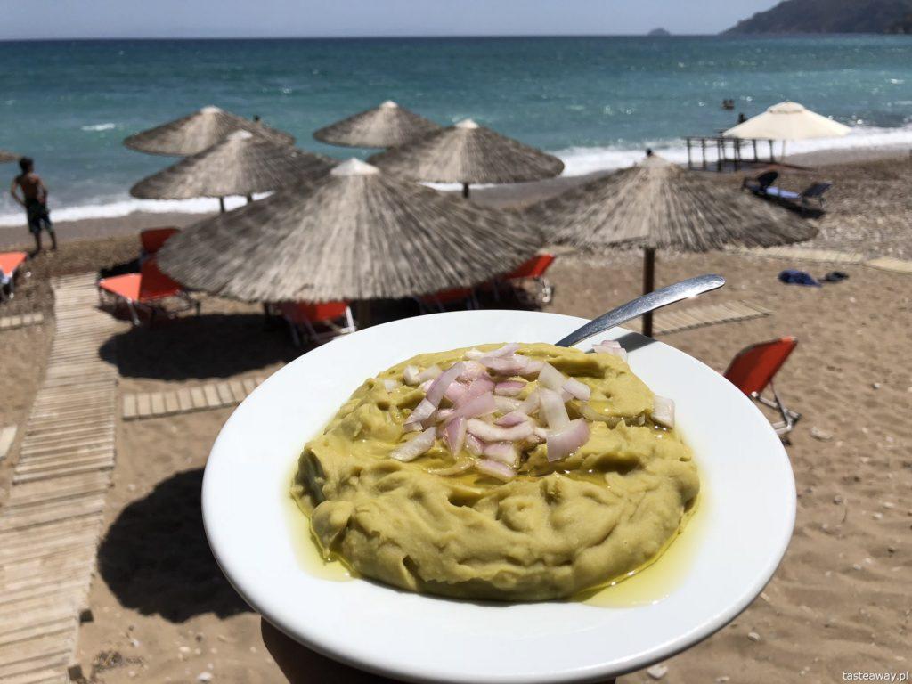 co jeść w Grecji, kuchnia grecka, czego spróbować w Grecji, feta, fava, pasta z grochu