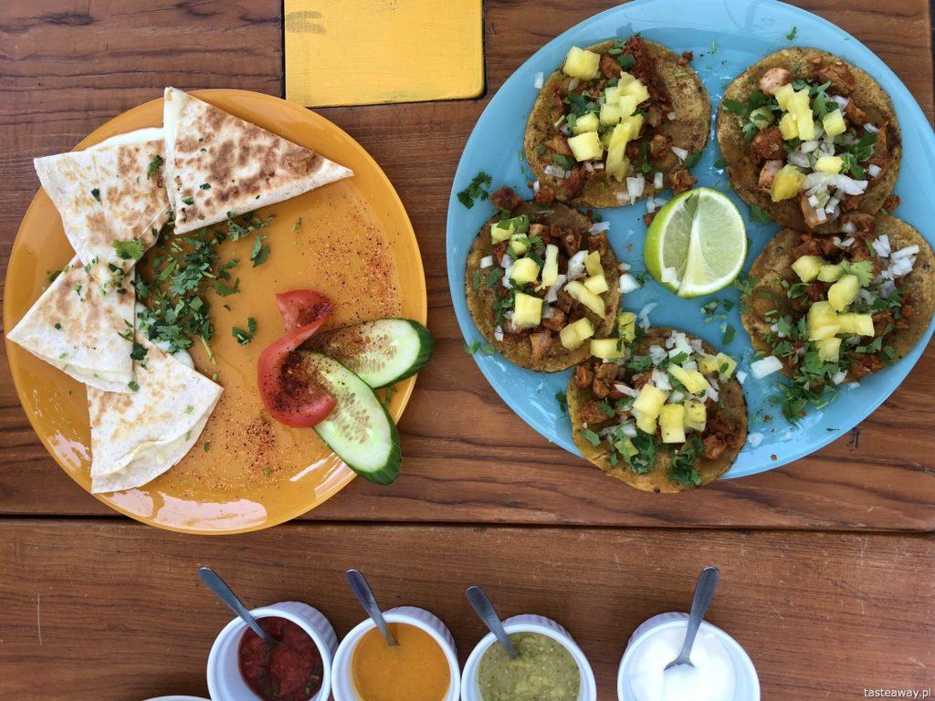 kuchnia meksykańska, gdzie na meksykańskie w Warszawie, La Catrina, Saska Kępa, gdzie jeść na Saskiej Kępie, tacos, quesadillas, totopos, guacamole