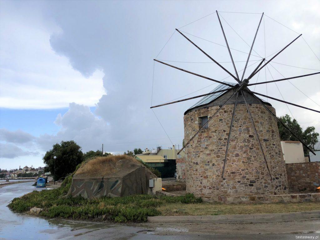 Chios, co zobaczyć na Chios, greckie wyspy, którą grecką wyspę wybrać, Grecja, Chios, miasto Chios, wiatraki