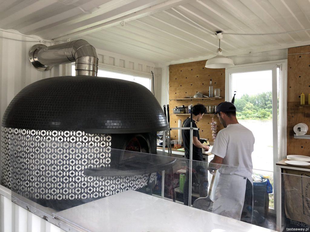 pizza, gdzie na pizzę, pizza w Warszawie, pizza neapolitańska, Dwa Osiem, pizza nad Wisłą, najlepsza pizza w Warszawie,