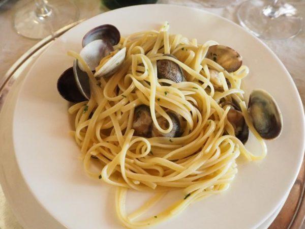Włochy, Gallipoli, co jeść w Gallipoli, makarony, makaron z owocami morza, La Puritate, linguine alle vongole