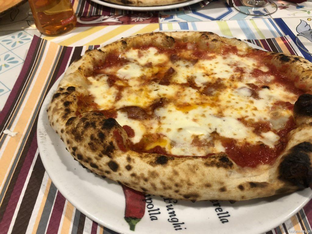 Włochy, Gallipoli, co jeść w Gallipoli, makarony, makaron z owocami morza, Don Vincenzo, pizza, pizza neapolitańska