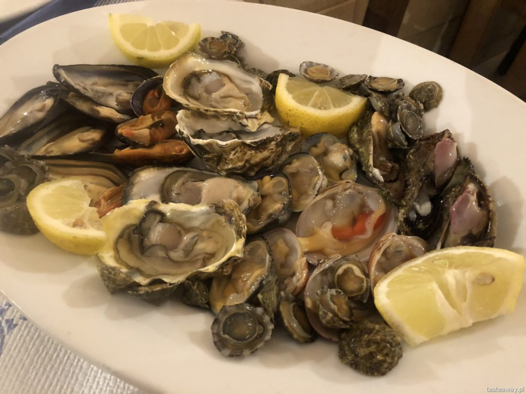 Włochy, Gallipoli, co jeść w Gallipoli, makarony, makaron z owocami morza, Le Fontanelle