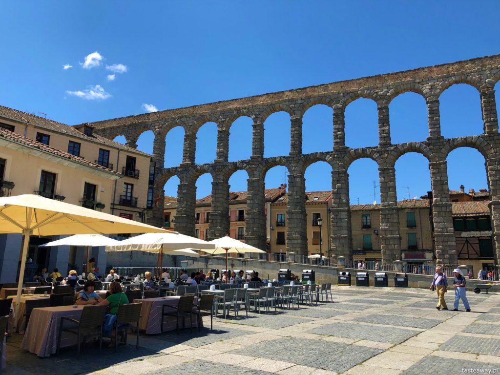 Segovia, Segovia w kilka godzin, 1 dzień w Segovii, gdzie spać w Segovii, Hotel Candido, co zjeść w Segovii, cochinillo asado