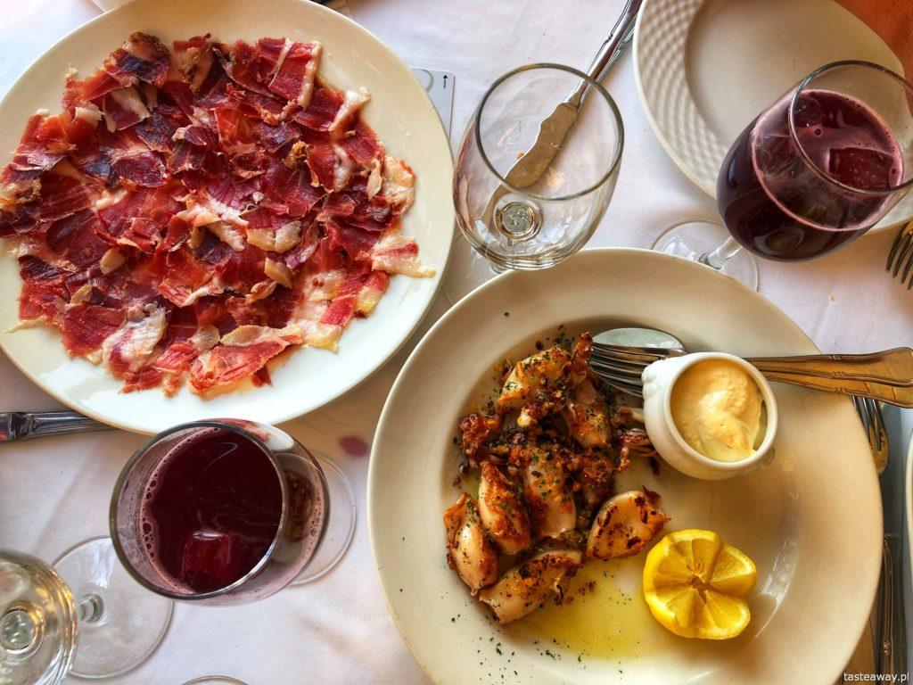 Segovia, Segovia w kilka godzin, 1 dzień w Segovii, gdzie spać w Segovii, Hotel Candido, co jeść w Hiszpanii, tapas