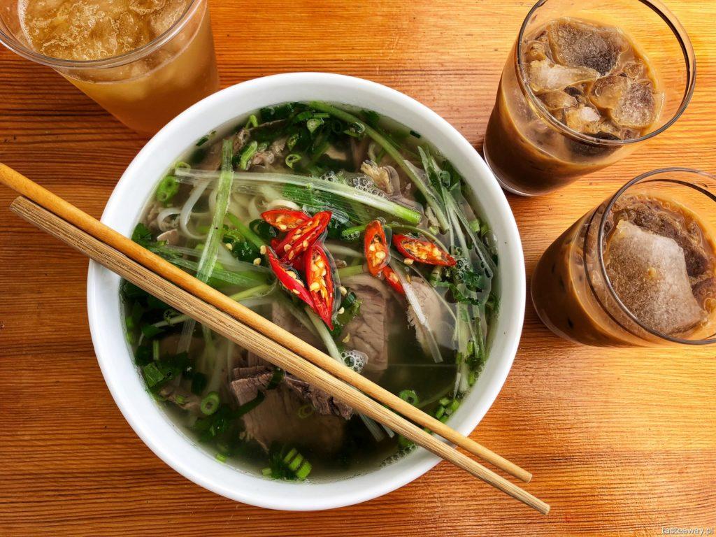 Pho Mai Hien, Bakalarska, gdzie jeść na Bakalarskiej, gdzie na pho, gdzie na bun cha, kuchnia wietnamska w Warszawie, pho bo, kawa po wietnamsku