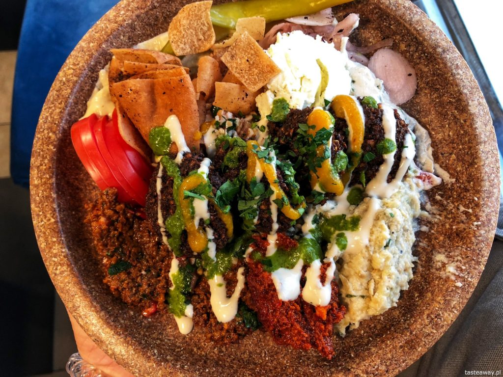 Tahina Wilcza, gdzie na falafele, kuchnia arabska, arabski street food, Tahina Bowl, falafel