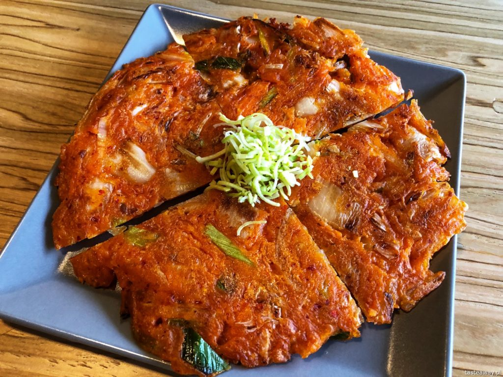 placek-z-kimchi-gung-warszawa-2018