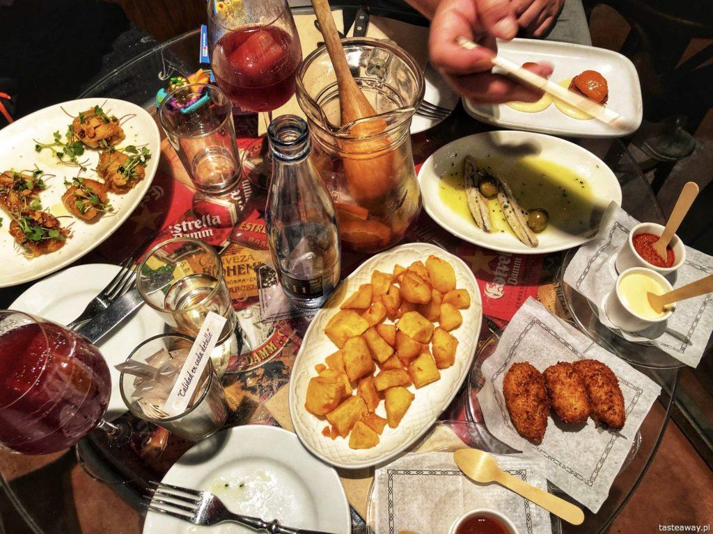 patatas-croquetas-la-puntual-barcelona