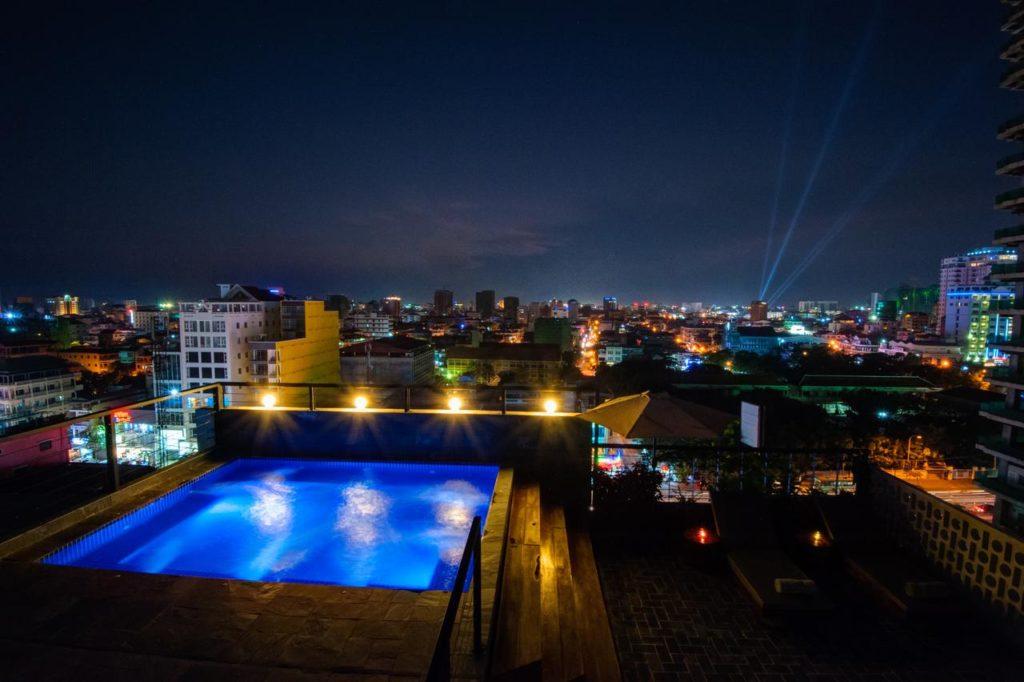 balconitel phnom penh