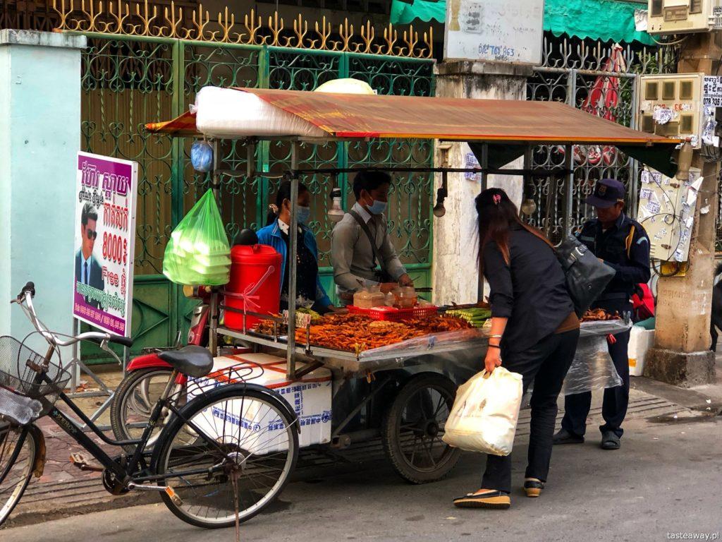 jedzenie-uliczne-phnom-penh