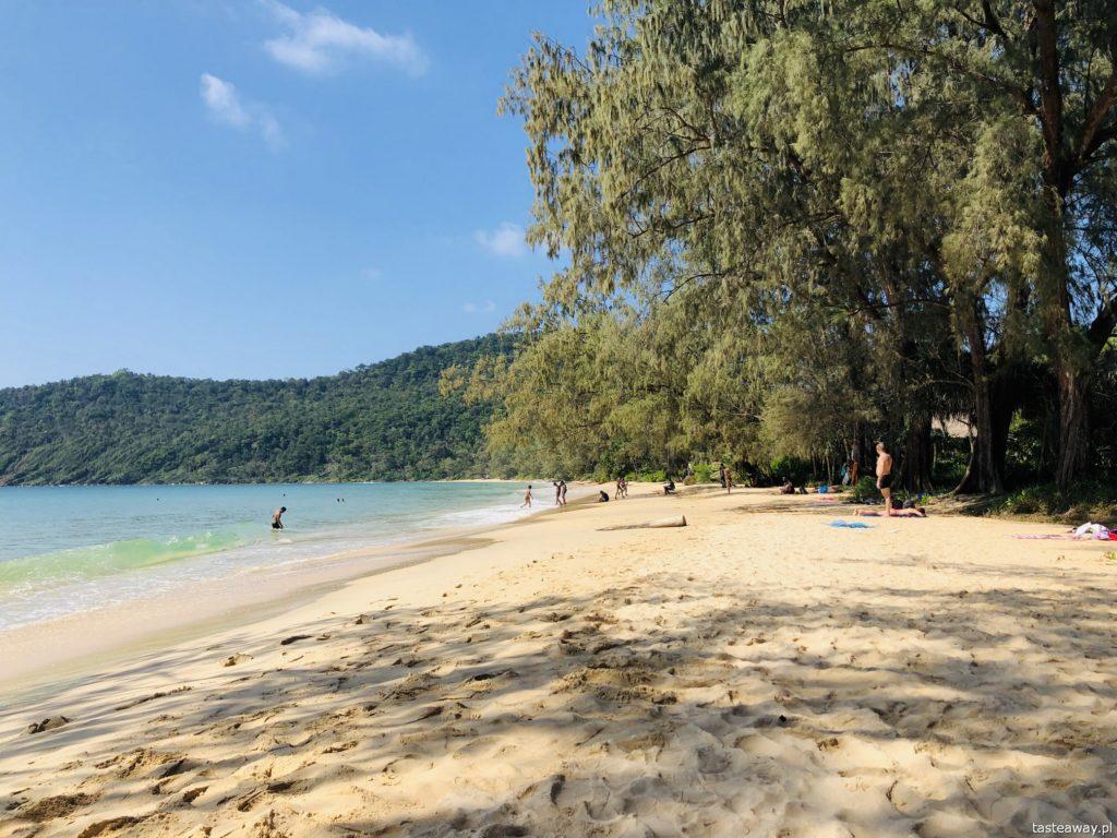 lazy beach-koh-rong-samloem