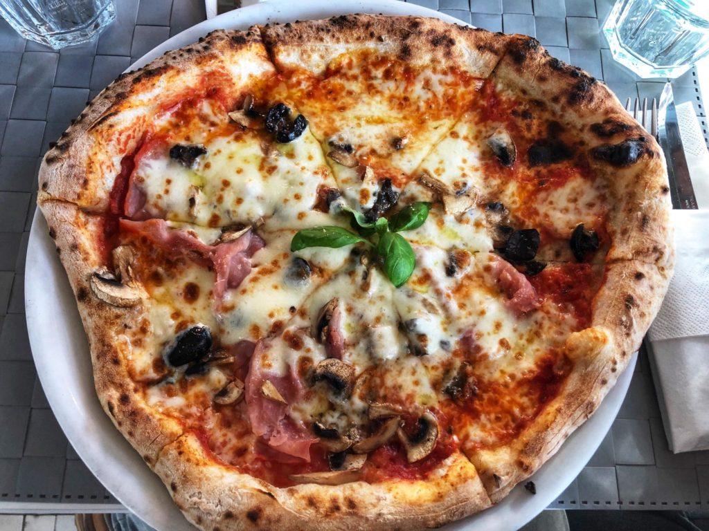 pizza-spacca-napoli