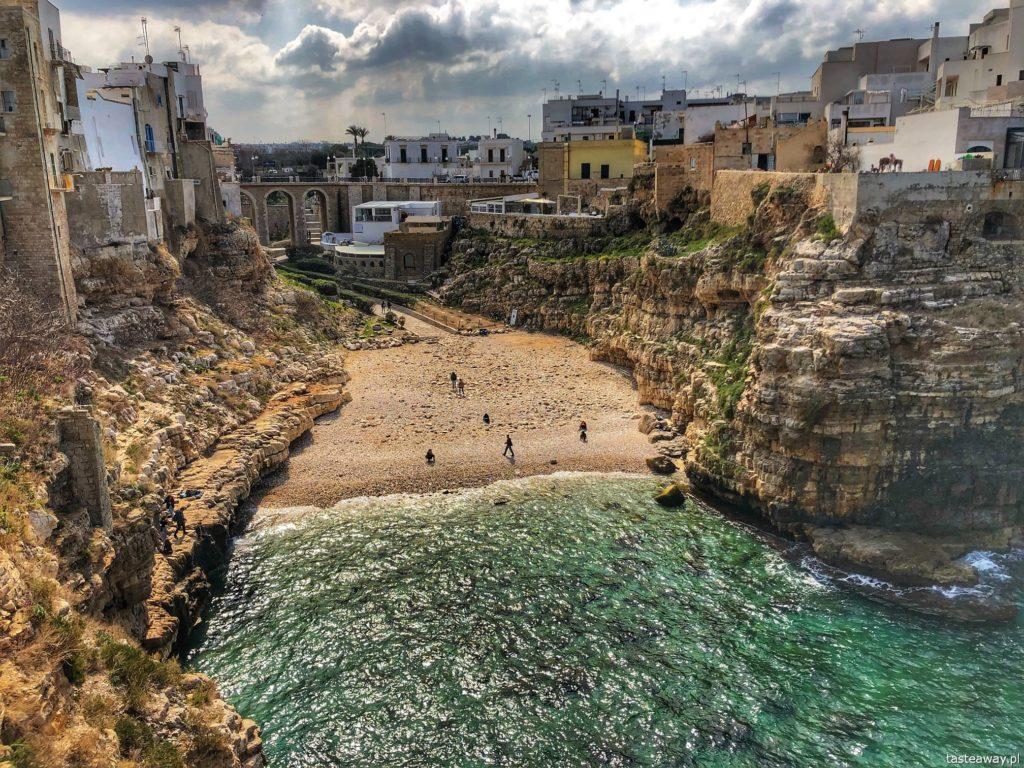 polignano a mare najsłynniejsza plaża