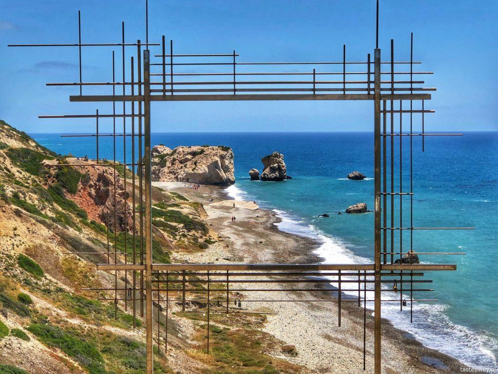skała_afrodyty_cypr_instalacja_artystyczna